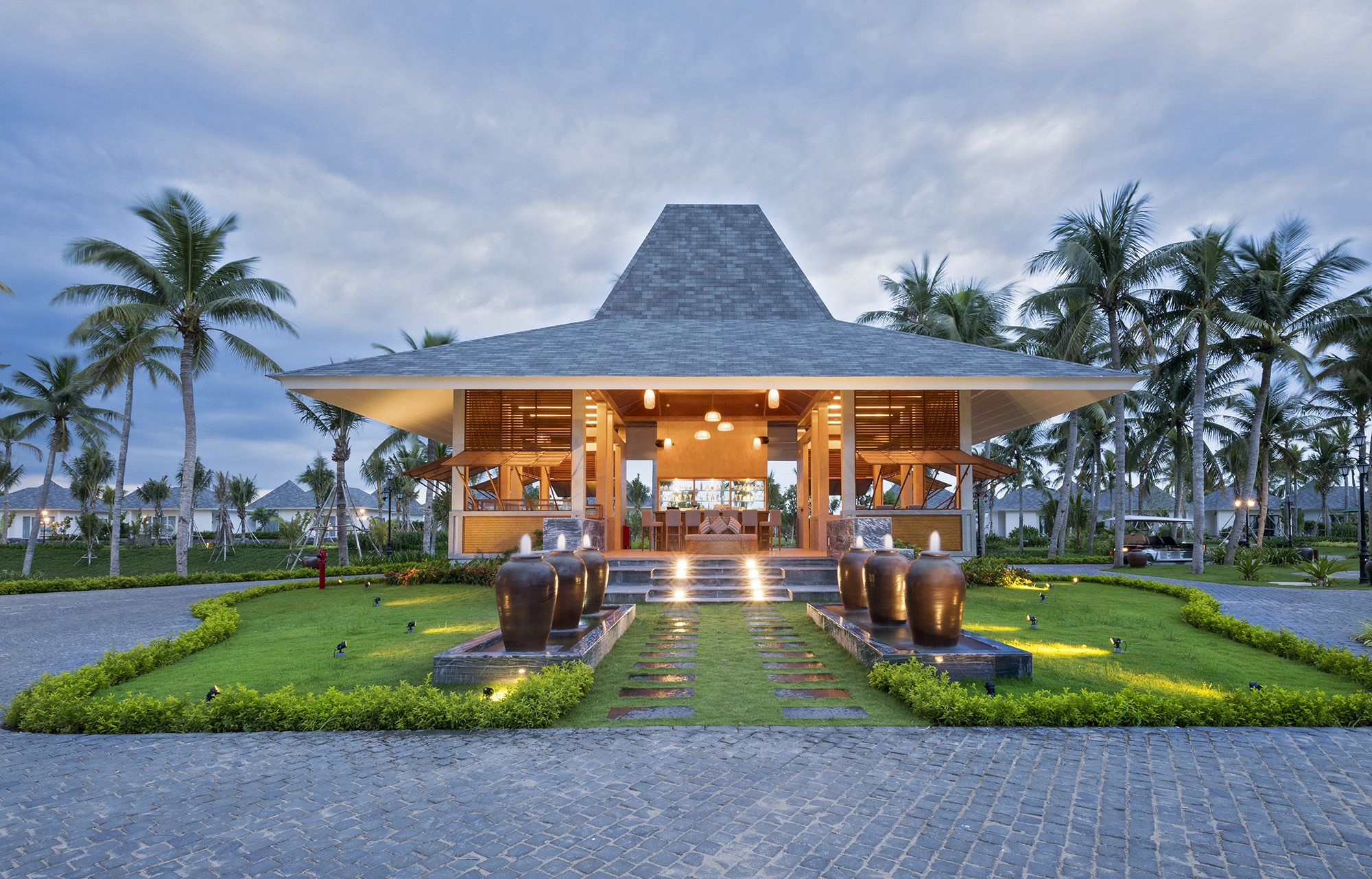 Infinity Bar - Cocoland River Beach Resort And Spa
